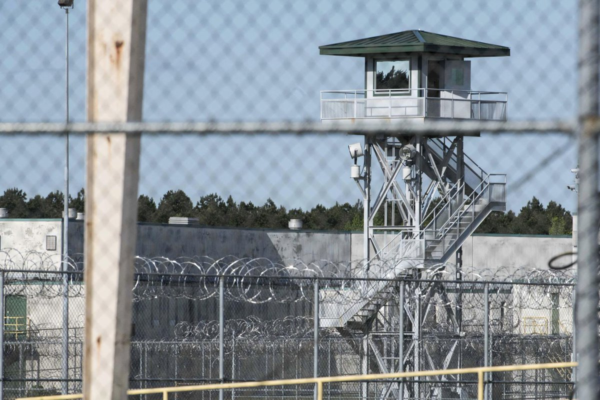Gov. McMaster allows S.C. prisons to raise guard salaries, pay additional overtime in wake of deadly riot. More: https://t.co/qq8nv6BjdF #scnews