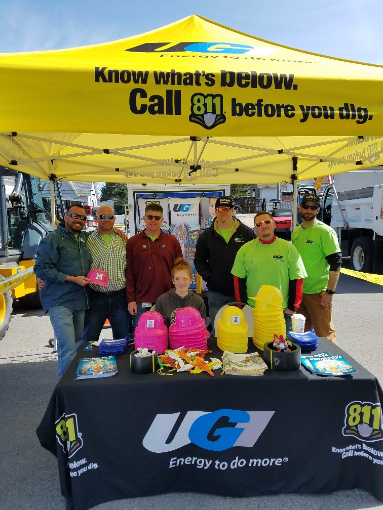 test Twitter Media - Thank you to everyone who came out to this weekend's Touch A Truck event in Kingston. It was great to meet everyone and celebrate National Safe Digging Month! #Call811 https://t.co/ATSqvA4LbI