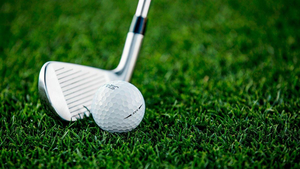 Titleist's photo on Golf