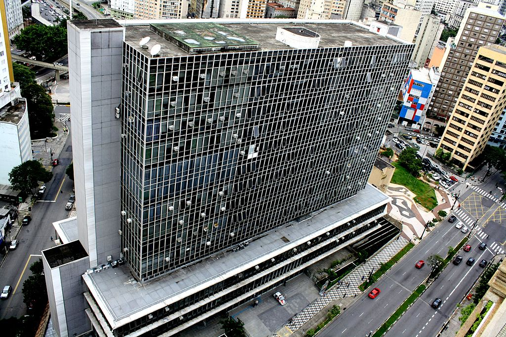Justiça suspende 1.068 cargos comissionados na Câmara de São Paulo. https://t.co/t40cd1qmDU  📷 Henrique Boney/CC-BY-SA-3.0