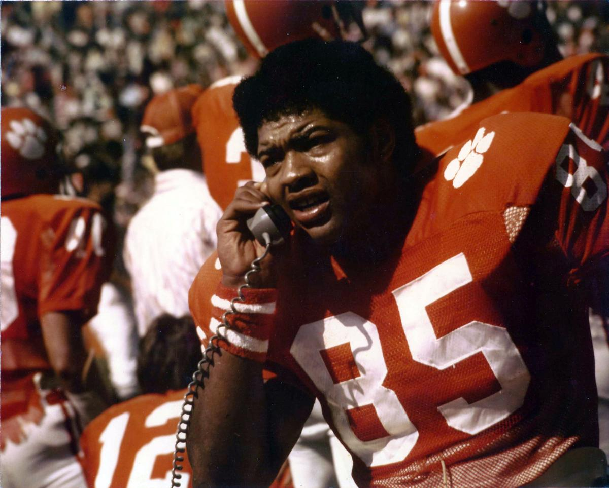 Former Clemson football and Pittsburgh Steelers star Bennie Cunningham dies at 63: https://t.co/oMGlce4fdN