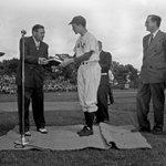 Image for the Tweet beginning: George H.W. Bush, Yale baseball
