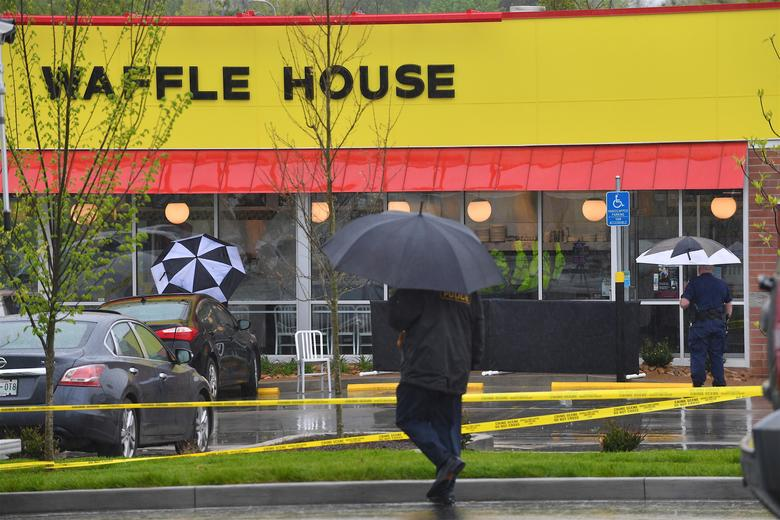 What we know about the Waffle House shooting suspect: https://t.co/Tnhn1YoXek