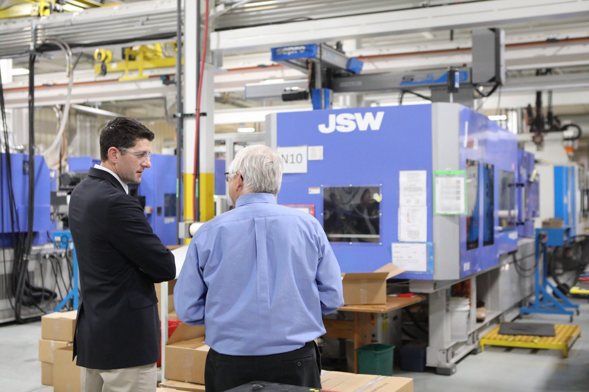 My final stop today was at Vision Plastics in Delavan, Wisconsin #TaxReform.  has allowed this family-owned, custom injection molding business to expand by purchasing new equipment.
