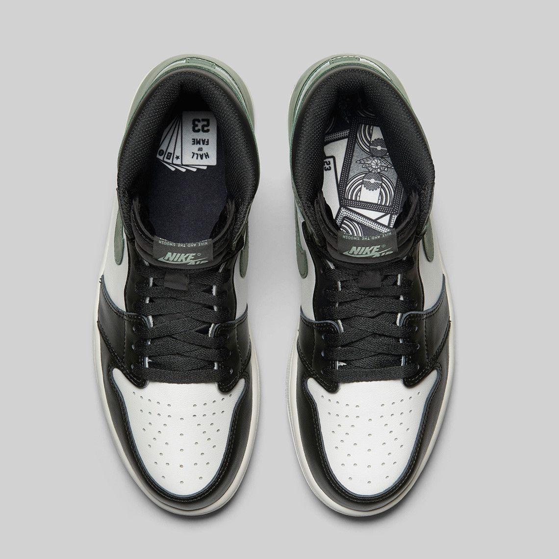 c6b6e30f05ae75 Sneaker News on Twitter