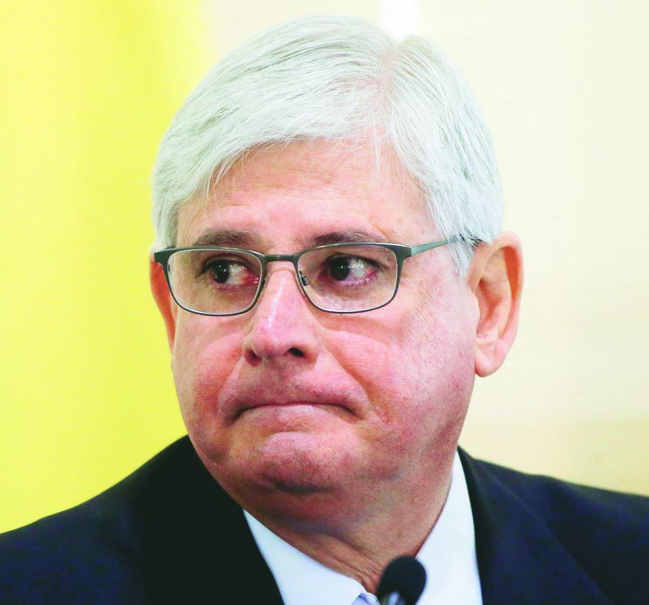 Janot desiste de concorrer a uma vaga no Conselho Superior do MPF #janot #mpf #conselho  https://t.co/h02QZo6xX5