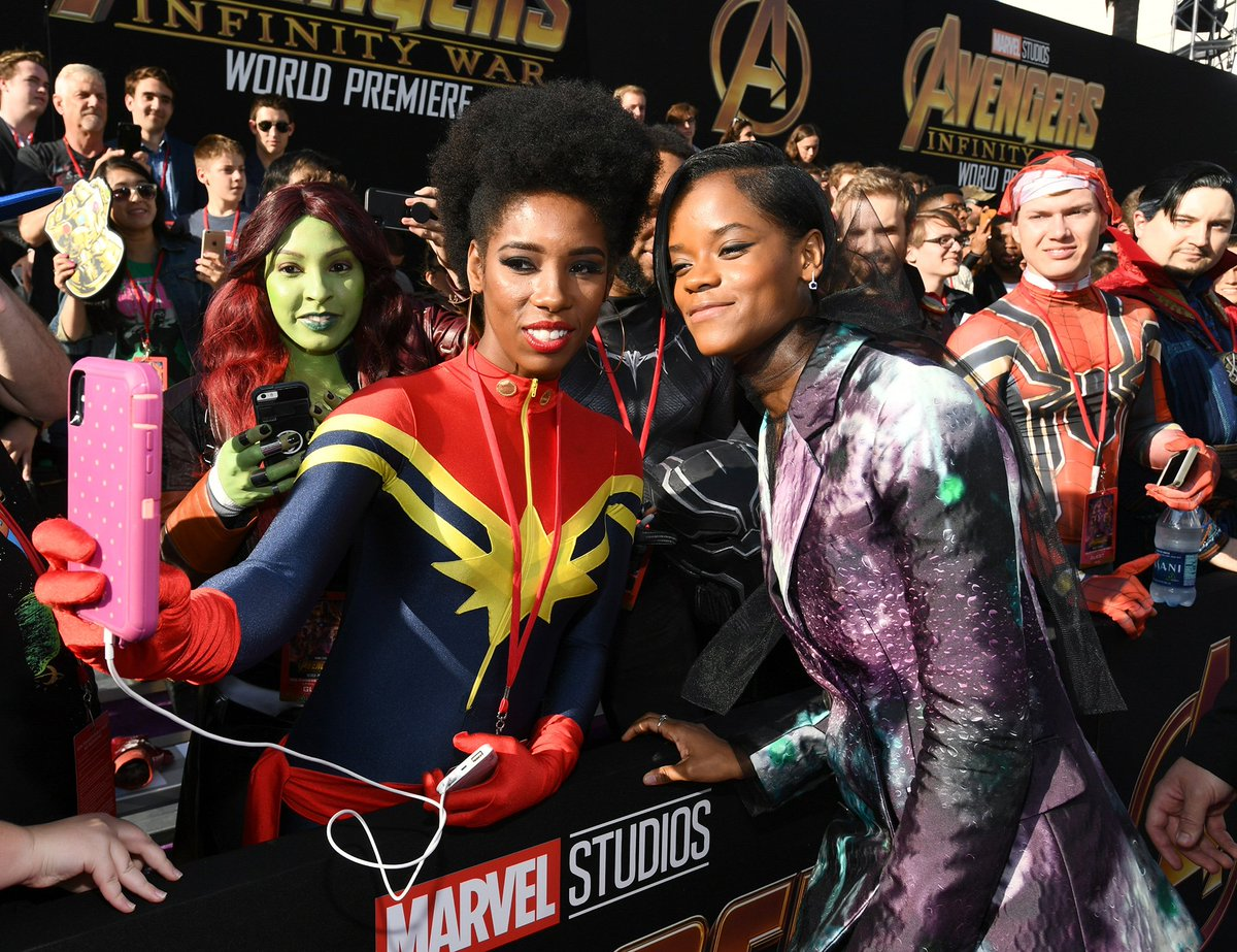 Shuri (AKA @letitiaswright) and Scarlet Witch (aka Elizabeth Olsen) are the first to arrive to the#InfinityWarPremiere  in Hollywoodhttps://t.co/ePC8dTsA3Z