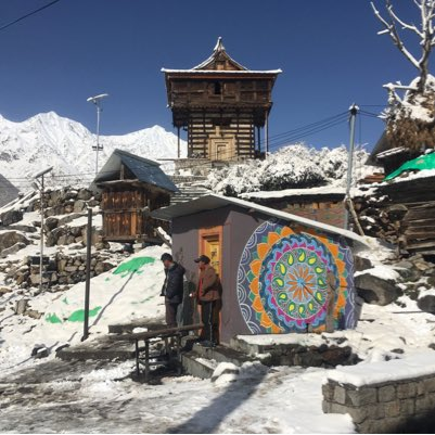 At #Chitkul, the highest village in Kinnaur, #Himachal #teamDSA conceives a new #StreetArt destination #NewProfilePic #thewanderersnest<br>http://pic.twitter.com/LzECSxZe1k