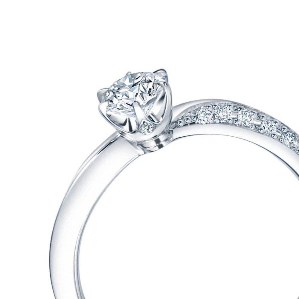 ダイヤモンド・カットの基礎を作った、世界で唯一「ロイヤル」の称号を持つロイヤル・アッシャー新作リング -