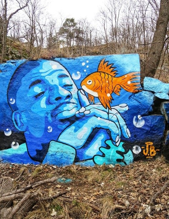 ... like quiet... and red fish. Art by John Beijer #StreetArt #Art #Quiet #Fish #Red #Aquarium #Graffiti #Mural<br>http://pic.twitter.com/0r1ZcaGh68
