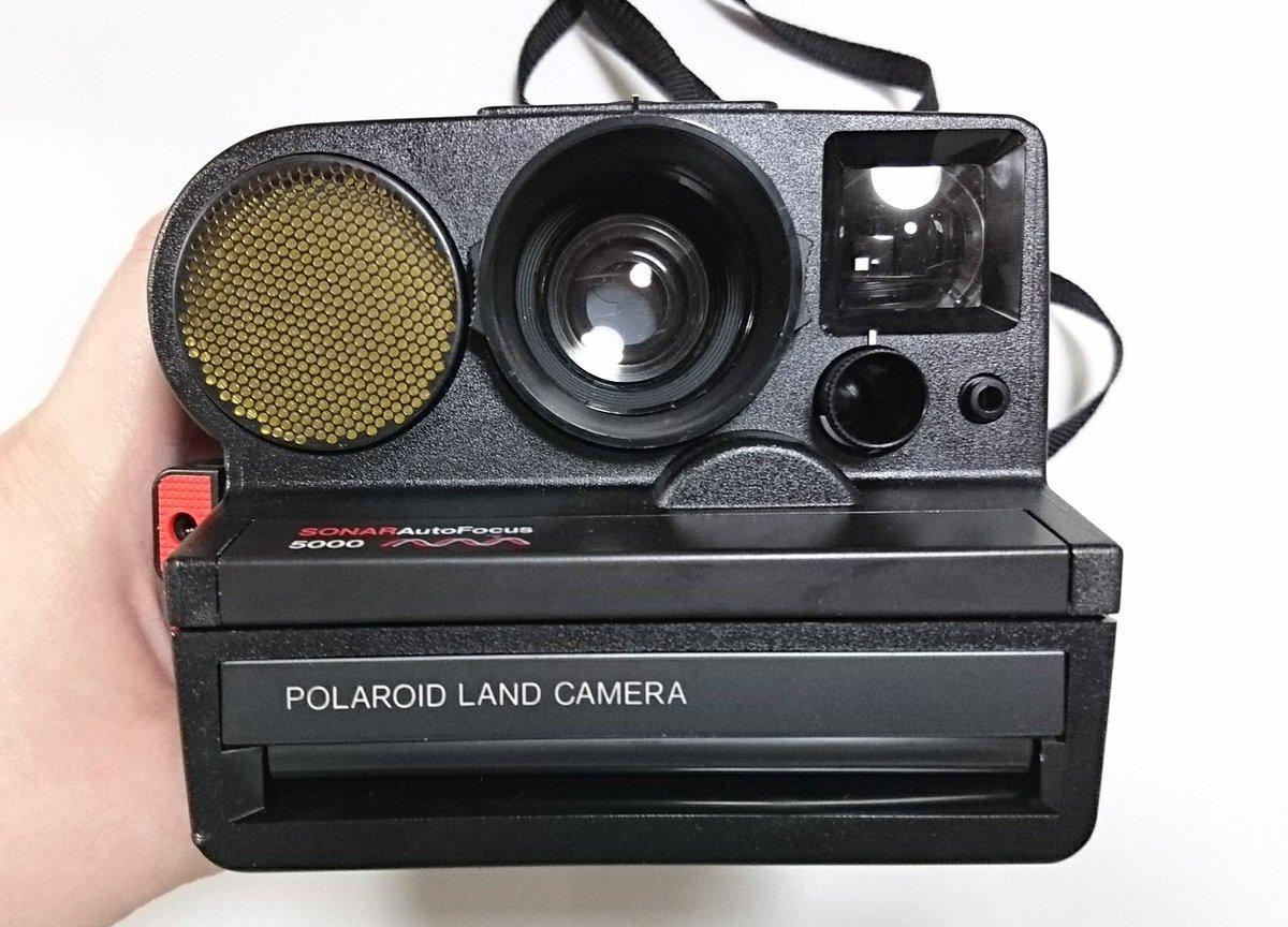 ポラロイドカメラ発見!懐かしい~! 箱のデザインが可愛いね❗  #汚屋敷奮闘記