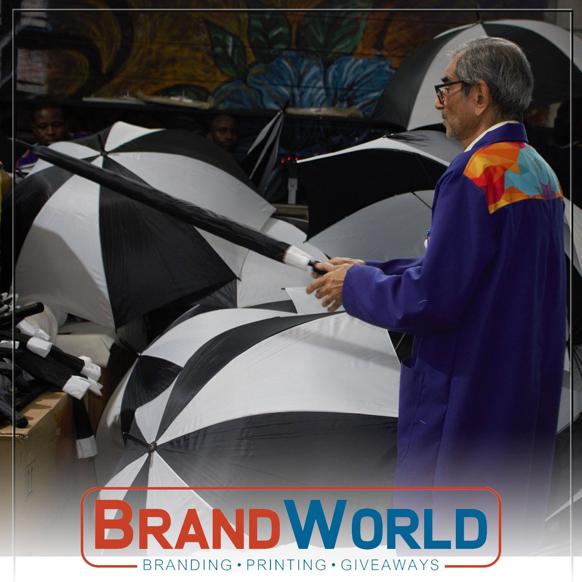 With this rainy season, the best giveaway to give to your client is a branded umbrella. Get Branded. #Branding #Printing #Giveaways #BrandingExperts #Umbrellas #Rains #Downpour #BrandWorld #Nairobi #Kenya<br>http://pic.twitter.com/35c46bEys6
