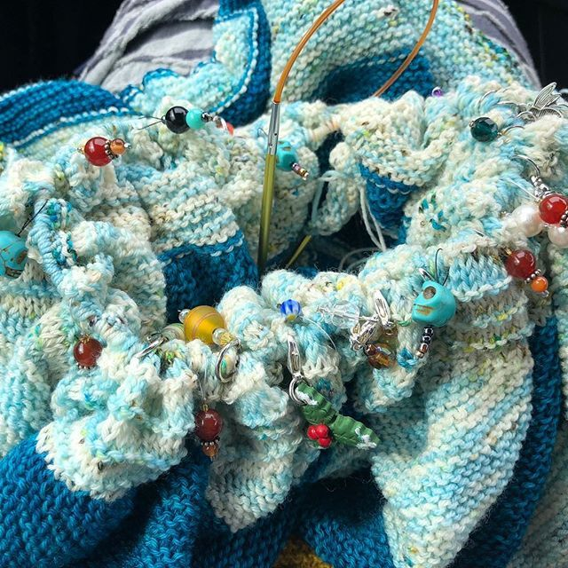 Car knitting at its finest. How many stitch markers can you see? Bling knitting the huge edge of my shawl. On the home run now - then I've only got the humongous ichord bind off - oh joy!  #knitallthethings #yarnlove #westknitsarethebestknits #steph…  https:// ift.tt/2qUs7UQ  &nbsp;  <br>http://pic.twitter.com/5R6vHZ55LN