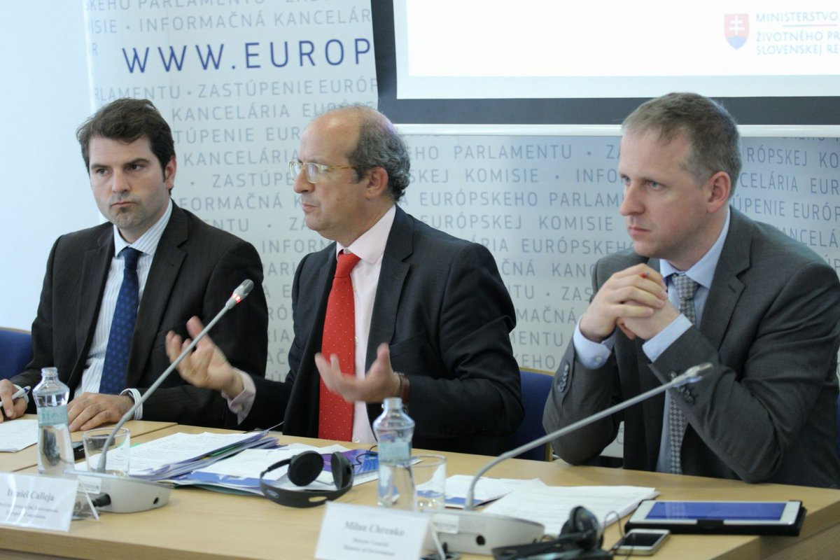 Challenges &amp; opportunities #CleanAirDialogue in #Bratislava Complex solutions across different sectors are needed! #AirQuality  @ZEKvSR @DCallejaEC<br>http://pic.twitter.com/2VZhI2SlK1