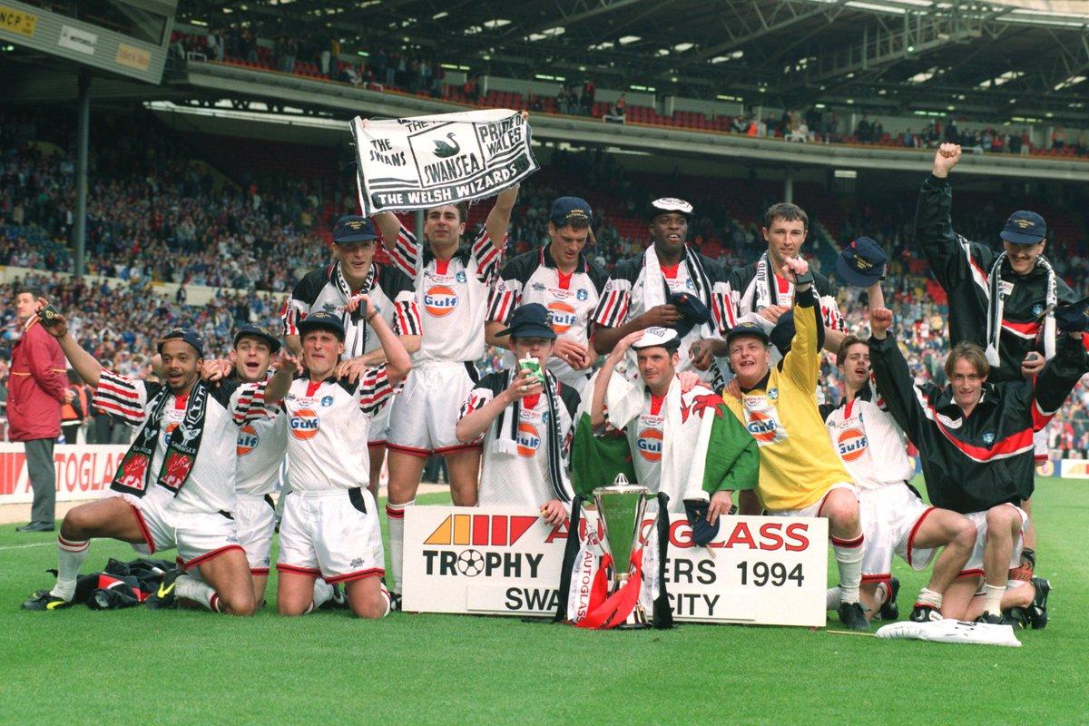 📅 #OnThisDay in 1994...  Autoglass Trophy winners! 🏆  Great memories. 🙌