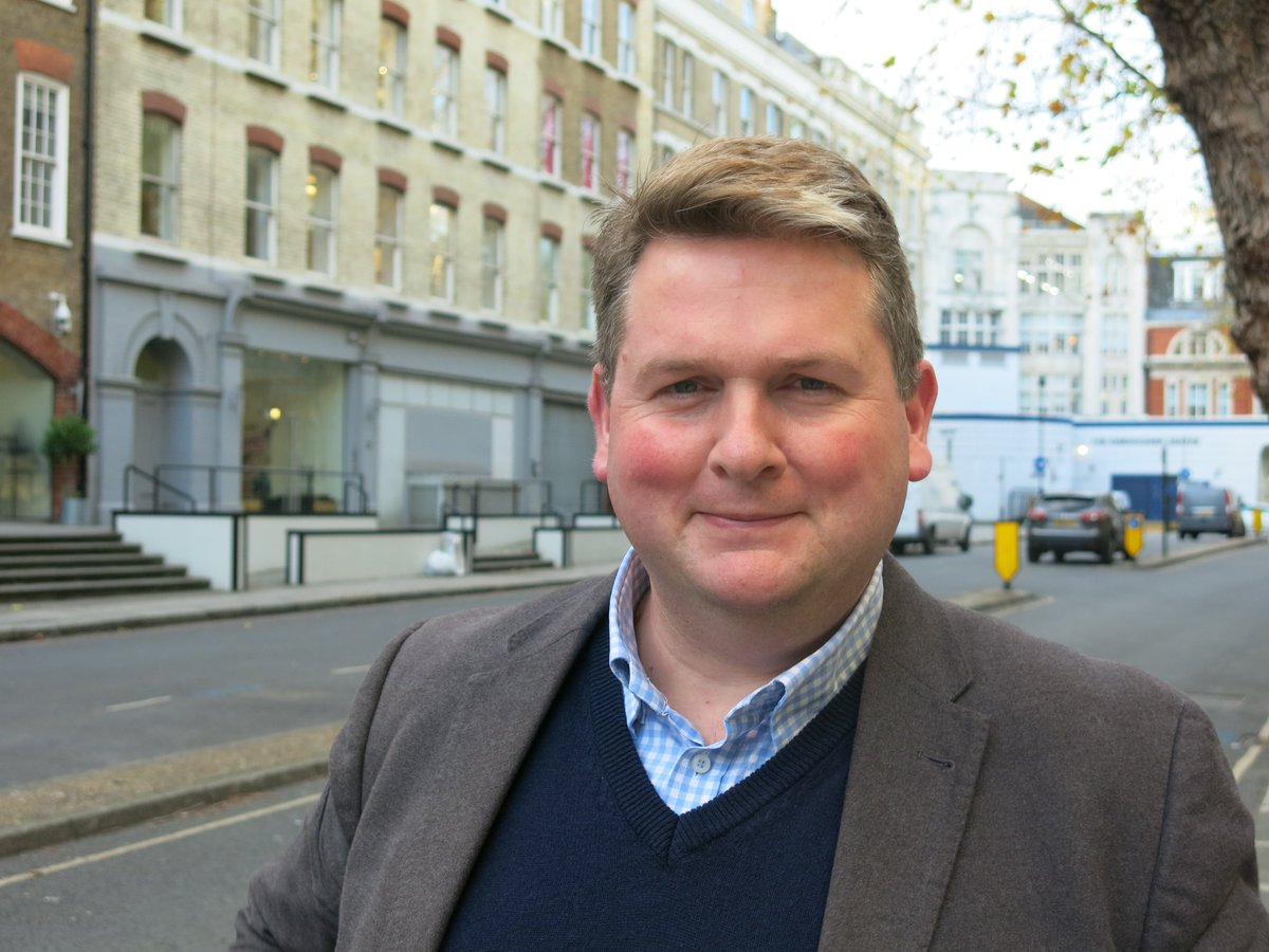 Listen out for @NickPoole1 CILIP Chief Executive on @BBCOxford tomorrow morning shortly after 8am talking about school #library funding why all pupils deserve a great library. <br>http://pic.twitter.com/tXFUVoXUgi