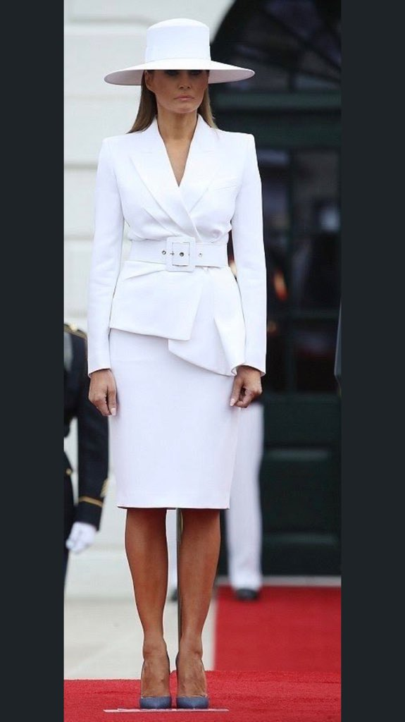 Our beautiful @FLOTUS continues her display of elegance, fashion and grace.  #ICON #MelaniaTrump #FLOTUS<br>http://pic.twitter.com/wsArrcuR13