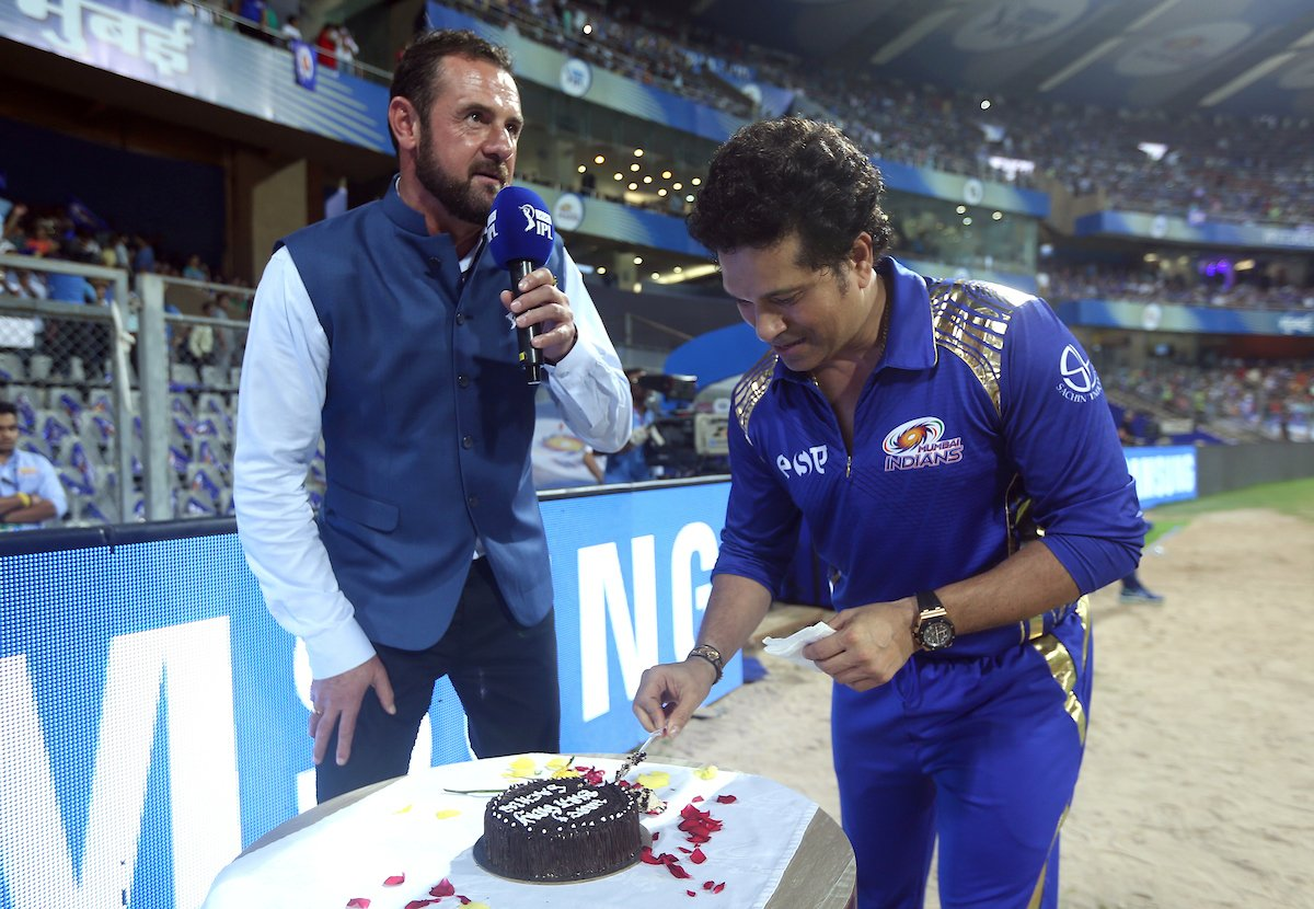 Sachin is celebrating his 45th birthday today. (MI Twitter)