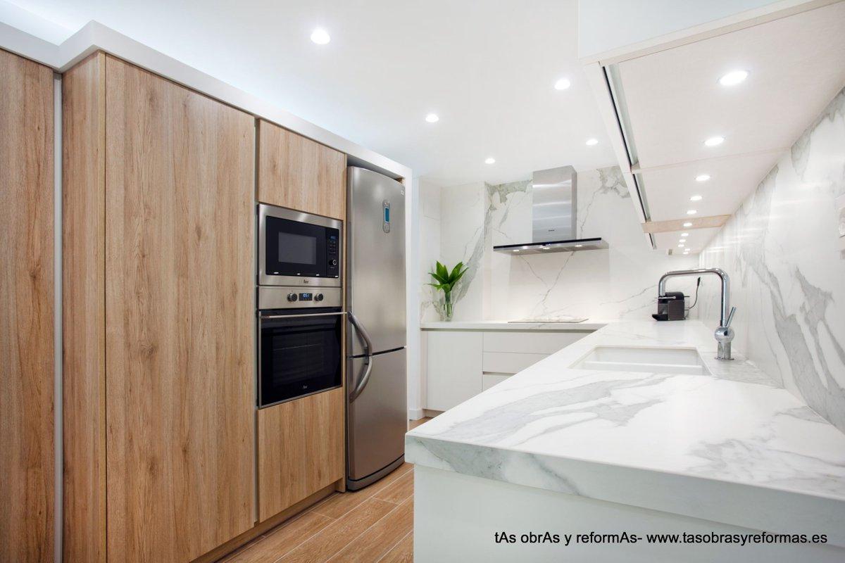Hermosa Rociar Pintura Muebles De Cocina Cuestan Reino Unido Imagen ...
