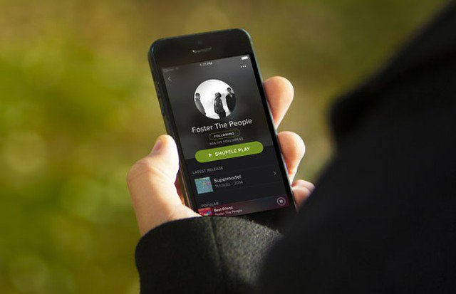 Spotify aprimora versão gratuita, sob pressão da Apple e Amazon; veja o que muda https://t.co/SLbq3e7WMR #G1