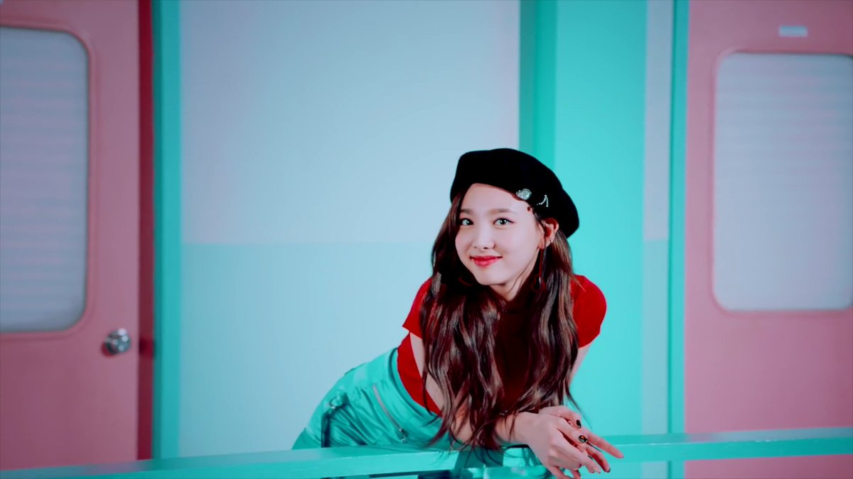 Moonlight On Twitter Twice Wake Me Up Mv Screen Shot Nayeon