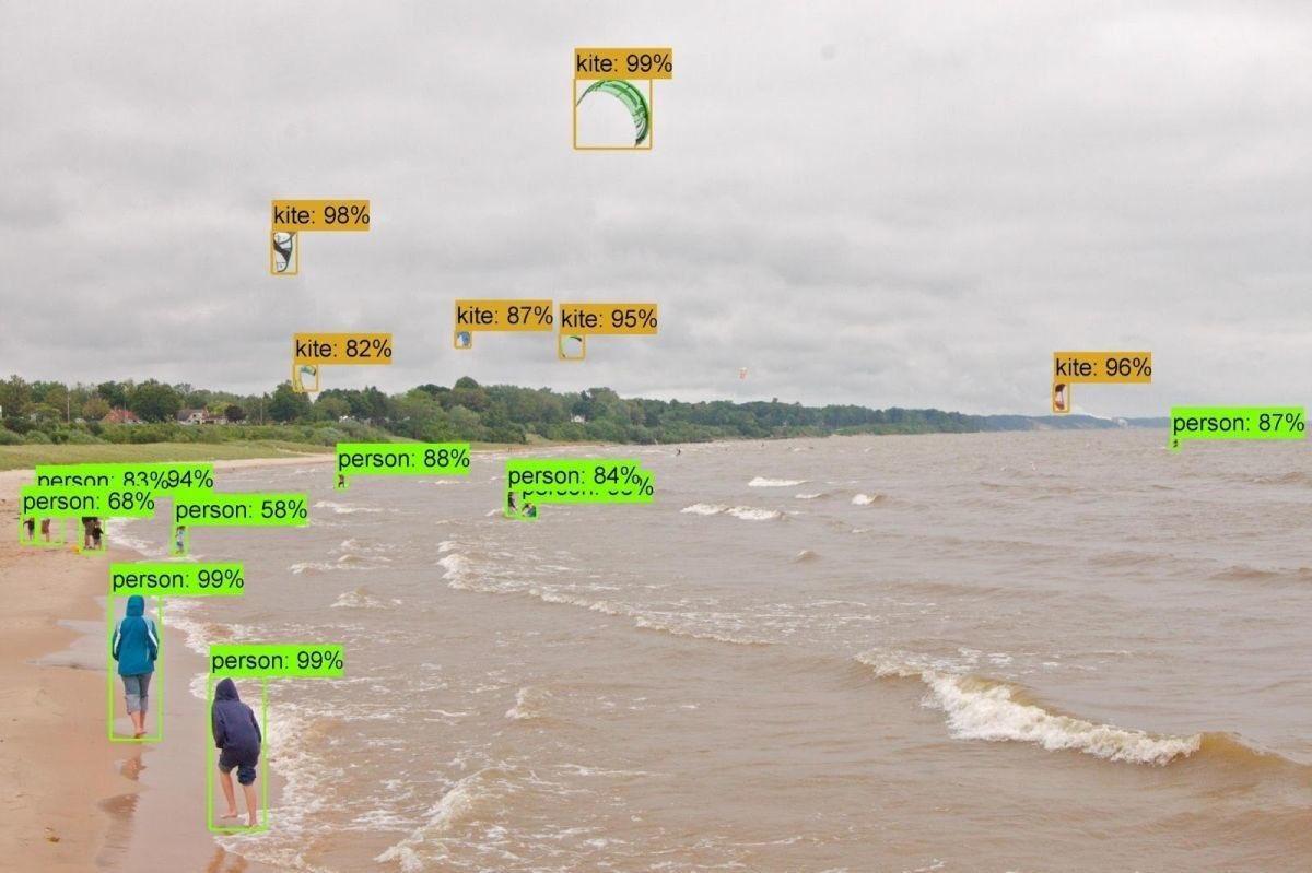 This Google #AI created a 'child' AI to...