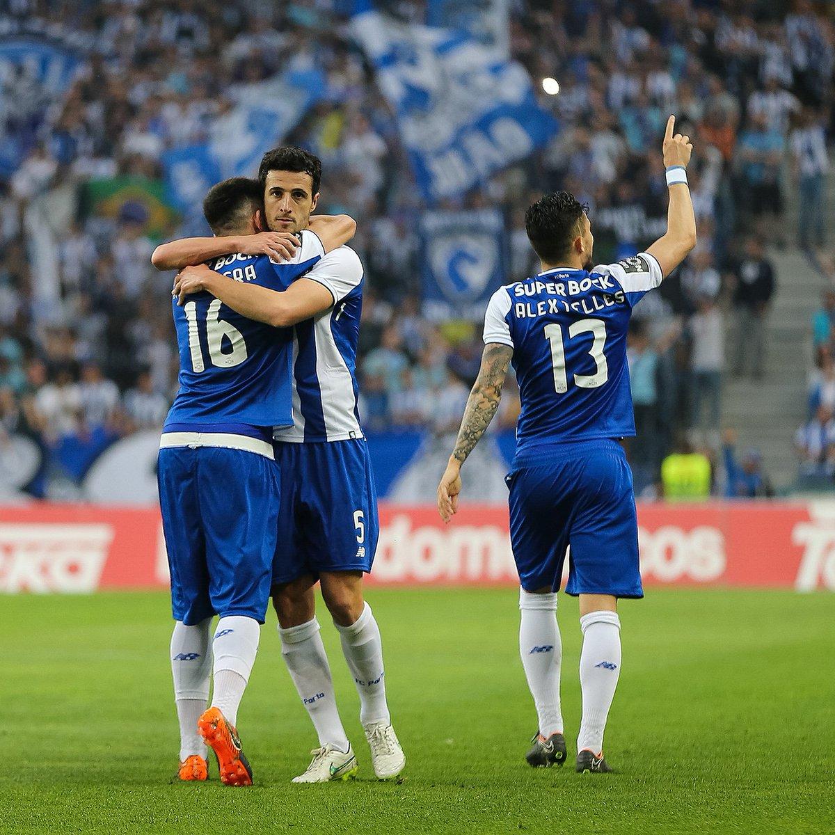 🔵⚪ 6.º golo de Marcano ⚽ O melhor registo da carreira #FCPorto #FCPVFC