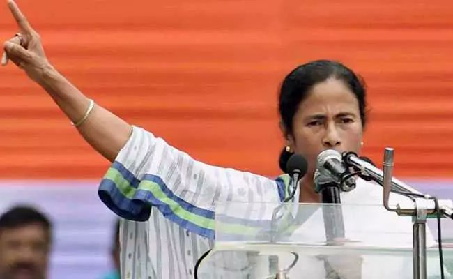 Congress impeachment notice against Chief Justice wrong: Mamata Banerjee  https://www. ndtv.com/india-news/con gress-impeachment-notice-against-chief-justice-wrong-mamata-banerjee-1842297  …   #Impeachment #ChiefJustice #DipakMisra <br>http://pic.twitter.com/p0XoJWJqn4