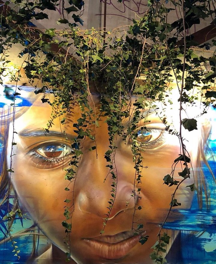 I still see you... #streetart #graffiti <br>http://pic.twitter.com/3GkKE7AqQK