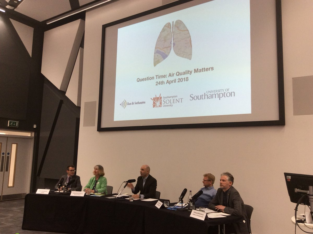 Great to see a strong turnout for Question Time: Air Quality Matters hosted by @solentofficial &amp; organised by @dieselsnorter compared by @unisouthampton 's @JamesGDyke #AirQuality <br>http://pic.twitter.com/O1EKhTYPOq