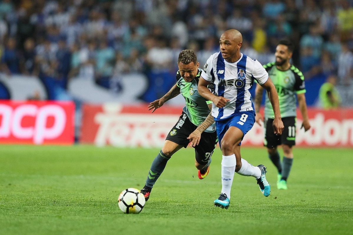Brahimi: 11.º golo na época 2017/18 40.º golo com a camisola do FC Porto #FCPorto #FCPVFC