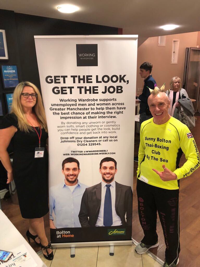 And right at the end I got @SANDYHOLT1 to come over and listen to what we're up to! Great turn out and fab offers of mentorship from the private sector. Lots of great contacts made and lovely to see all our partners promoting the excellent work they do here in Bolton #Bolton <br>http://pic.twitter.com/tXM2vg2wMH