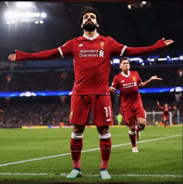 #LIVROM #Salah   A time evolving after a decade where its joyous to watch a player creating magic on the field and he's not #Messi or #Ronaldo   The Egyptian King Mohammad Salaaah  #Salahforbalondor  @joefooty @rioferdy5 @chetrisunil11 @amrkharbe<br>http://pic.twitter.com/3pxKYCWsvE