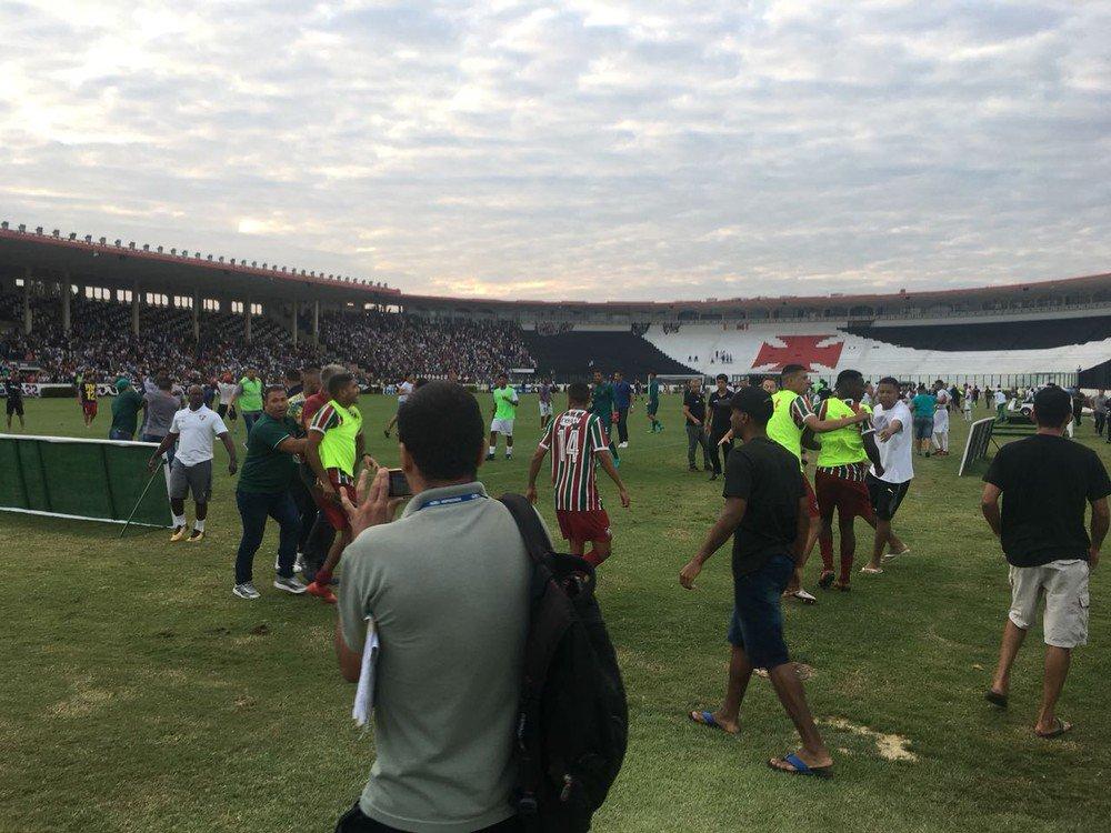 Procurador pede interdição de São Januário no Carioca sub-20 https://t.co/WwUJVgLsVN