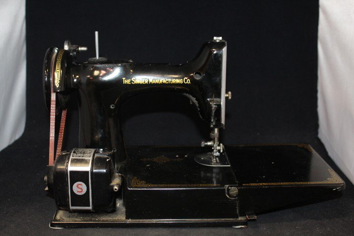Goodwill Mid GACSRA On Twitter This Vintage Singer Sewing Machine Enchanting Goodwill Sewing Machine