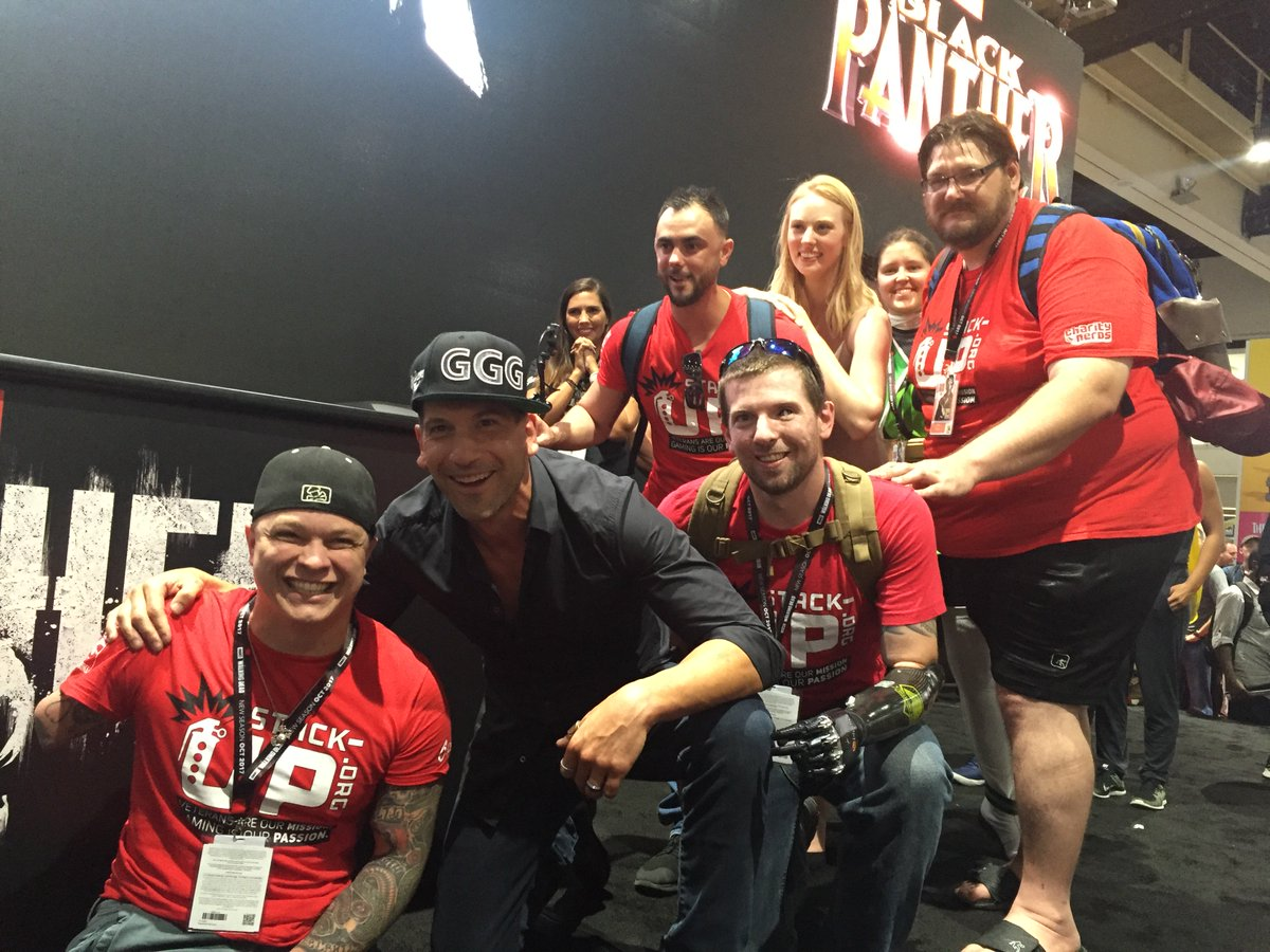 We want to thank @jonnybernthal for being one of the most awesome people we met at #SDCC last year!   His #Punisher did not disappoint!  We would love to work with him in the future to #StackUp and do some awesome work for #veterans!<br>http://pic.twitter.com/bqDXEVdO4o