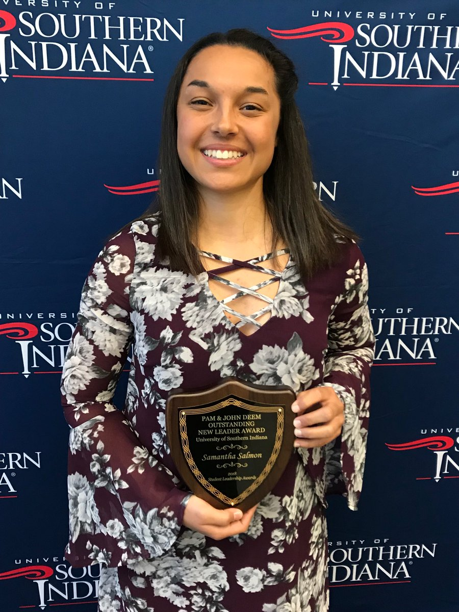 Proud of Sam! She was awarded the Pam and John Deem Outstanding New Leader Scholarship at USI #leader #involved #Blessed #proudpapa<br>http://pic.twitter.com/ICb3NbnC30