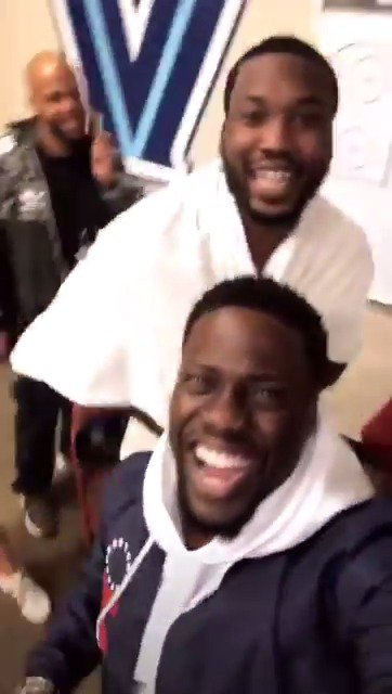 Yup...you could say @MeekMill and @KevinHart4real are amped to be at Heat-Sixers Game 5 [NSFW] �� https://t.co/2HAd9EJ4Xo