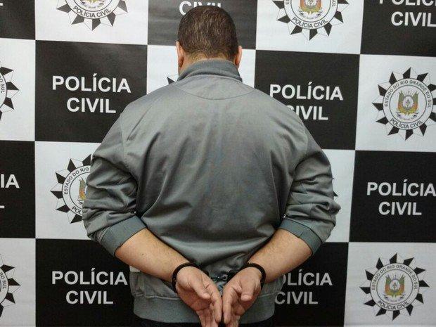 Acusado de esfaquear namorada e atear fogo em prédio é condenado a 44 anos de prisão em São Leopoldo https://t.co/QKwRk7wzDp