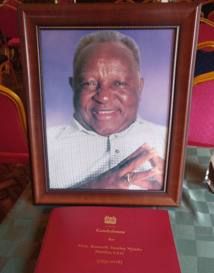 Ngong Road Haile Selassie : Matiba funeral procession pass