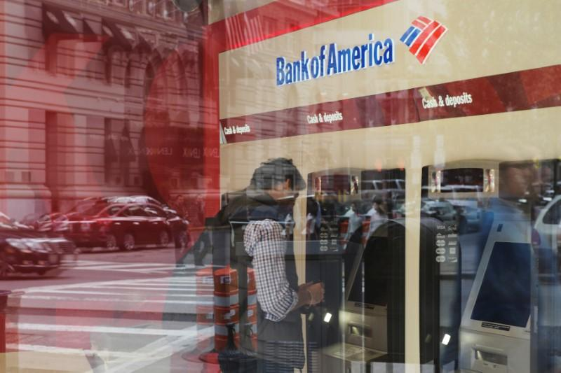 Senators push banks for information on Russian 'oligarchs' https://t.co/s33vIQWYok