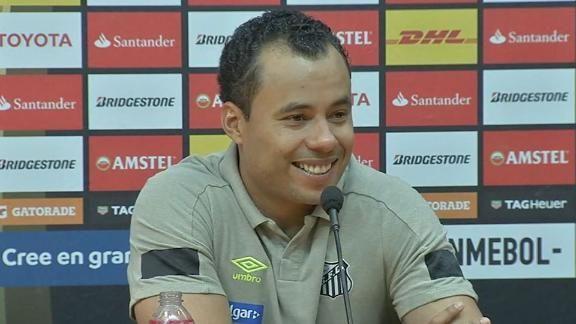 Jair comemora vitória do Santos sob os olhares do pai: 'Vou guaradar para o resto da minha vida' https://t.co/mBzxQvdhko