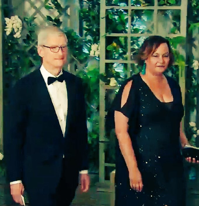 And lookee here: @Apple represented SV at state dinner with @tim_cook and @lisapjackson (formerly of the Obama admin)