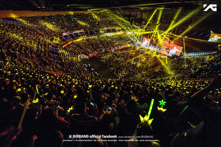 """K-Life on Twitter: """"3 years ago, April 25, 2015. The 1st concert ..."""