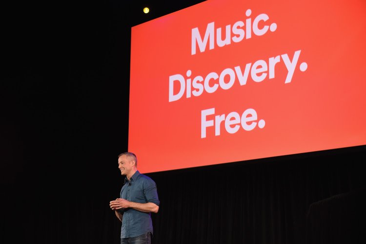 Spotify announces 'freemium' features for free listeners. https://t.co/5p2jHbL5q5 https://t.co/Eh8GEZDYA5