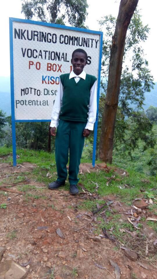 A big shout out to the team at @razzsutton for supporting a Ugandan student and providing him with the  financial assistance that allows him to go to school. #BelieveInYou  https:// bit.ly/2I3GNrz  &nbsp;  <br>http://pic.twitter.com/YNghPq98qg