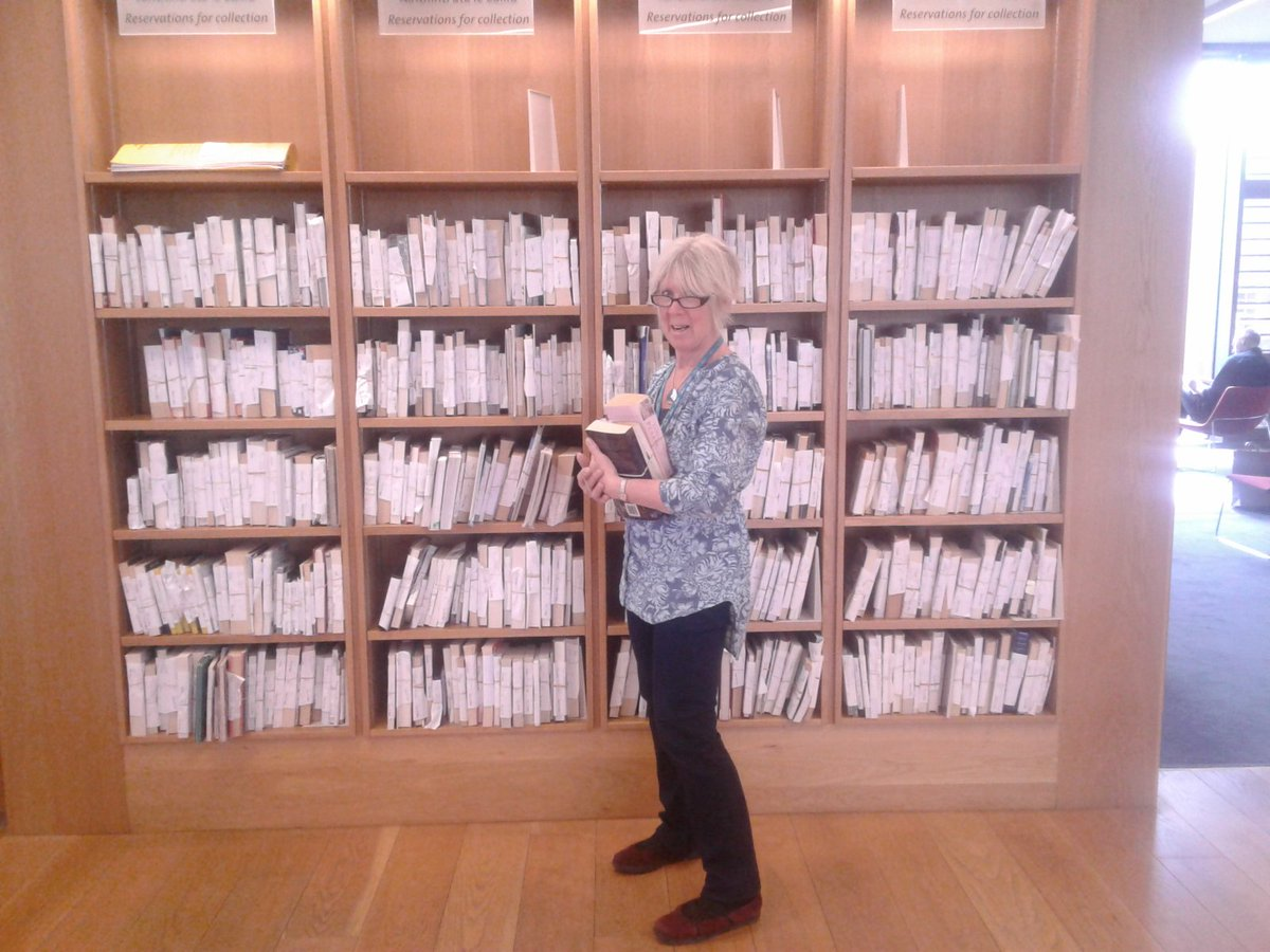 Over 400 reserved #library items available for collection today in #dlrlexicon ..#loveyourLibrary @dlrLexIcon.. @LGMA<br>http://pic.twitter.com/QBk26fP7C6
