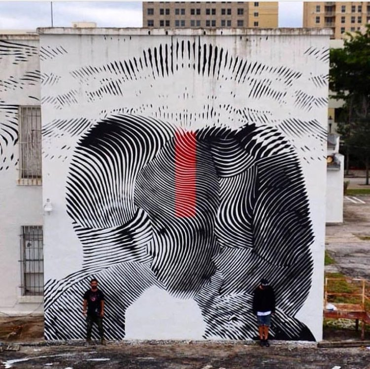 Looking for a kiss between the lines  #Streetart by 2alas In West Palm Beach #Miami #USA<br>http://pic.twitter.com/TH6vJAaGBB