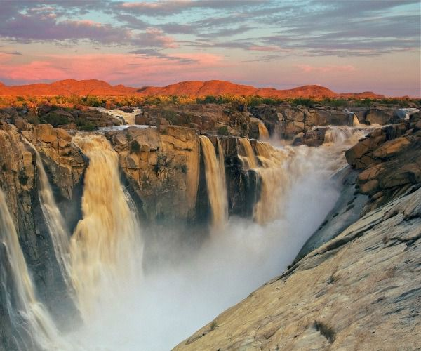 NEW POST! 8 reasons to visit Augrabies Fall National Park in South Africa - A Luxury Travel Blog https://t.co/nDDXgrO8ic