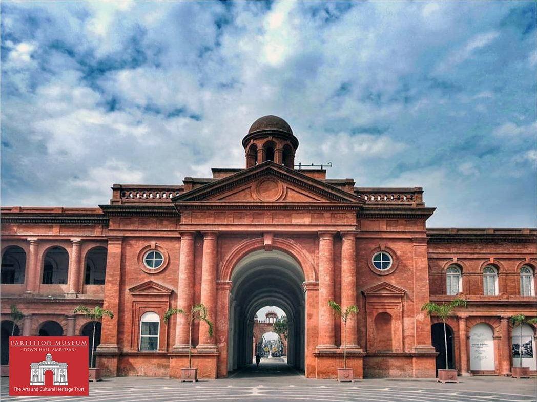 #TownHall,#Amritsar,built in 1864 by John Gordon,cost INR 1.5 lakhs &amp; had the court of small causes,#city police &amp; municipal offices &amp; a free #library. It was #Damaged during the #Punjab #uprising &amp; in the 1947 violence. It now houses the #PartitionMuseum.#heritageMW @MuseumWeek<br>http://pic.twitter.com/74feJN7j0w